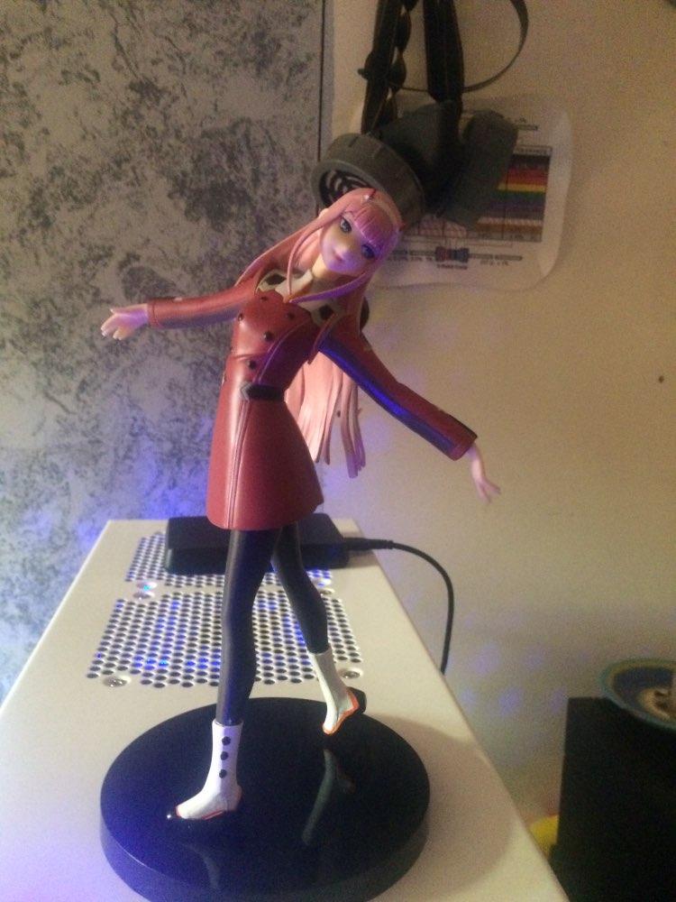 Buy Darling in the Franxx - Zero Two Figure (21cm ...