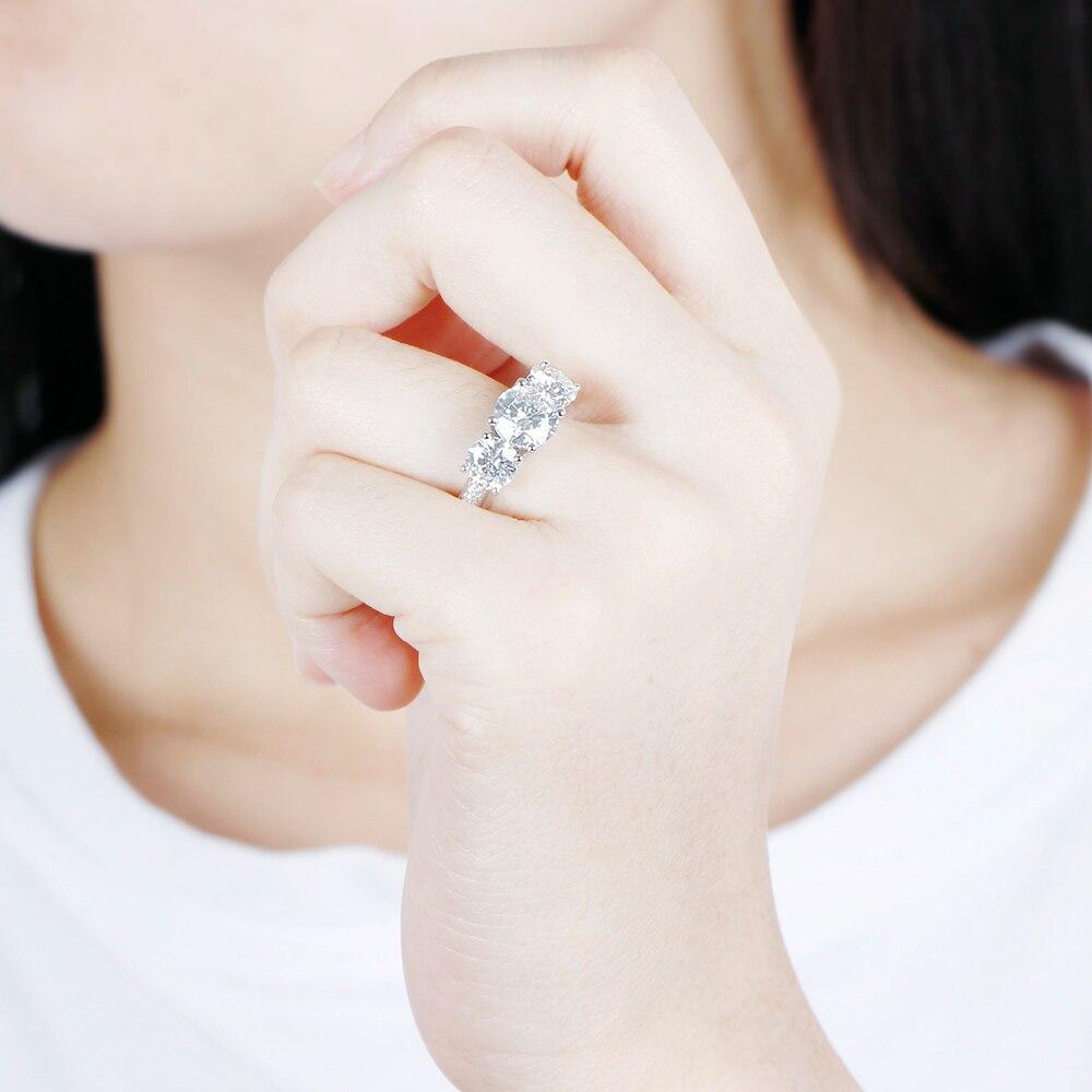 moissanite 3 stone emgagement ring (10)