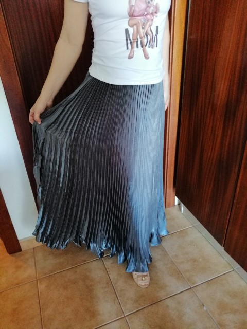 Summer Fashion Vintage Silver Golden Metal Solid Flared  Maxi Skirt High Waist Beach Long Pleated Skirts For Women Ladies photo review