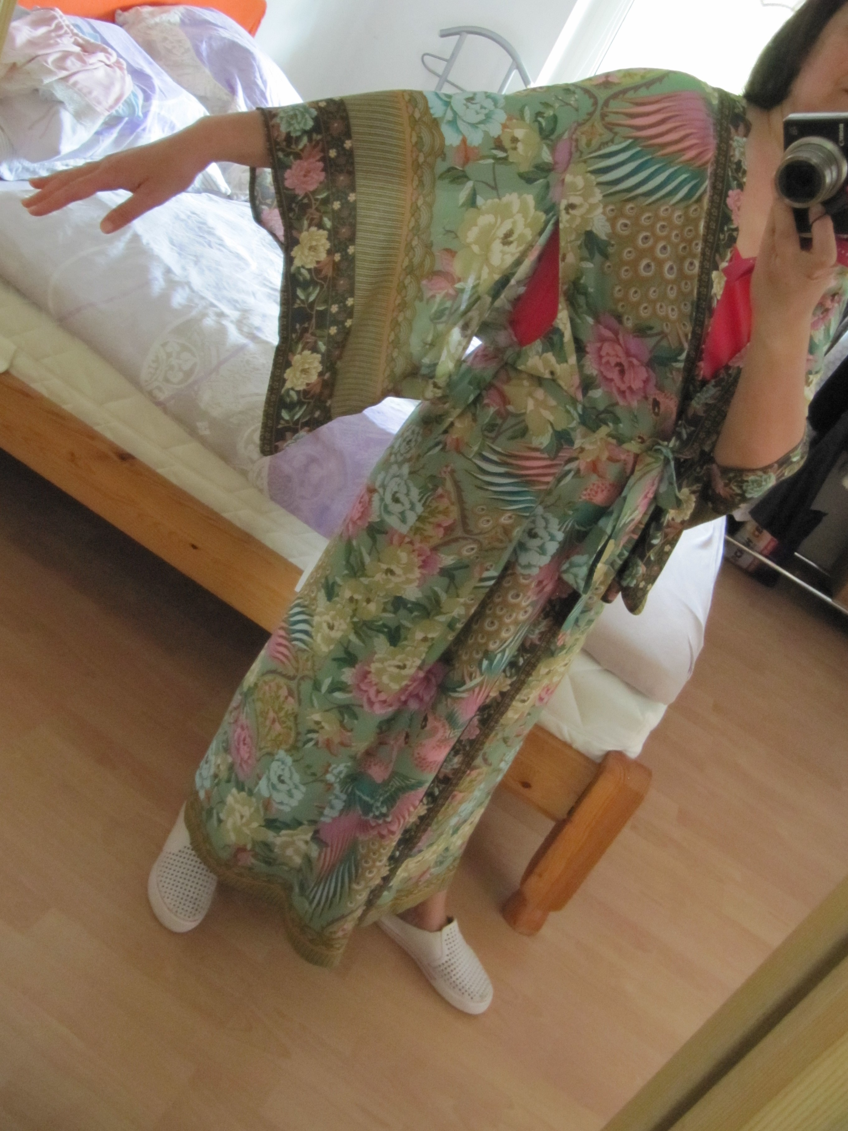 V Neck Peacock Flower Print Long Kimono Shirt Ethnic New Lacing Up With Sashes Long Cardigan Loose Blouse Tops Femme photo review