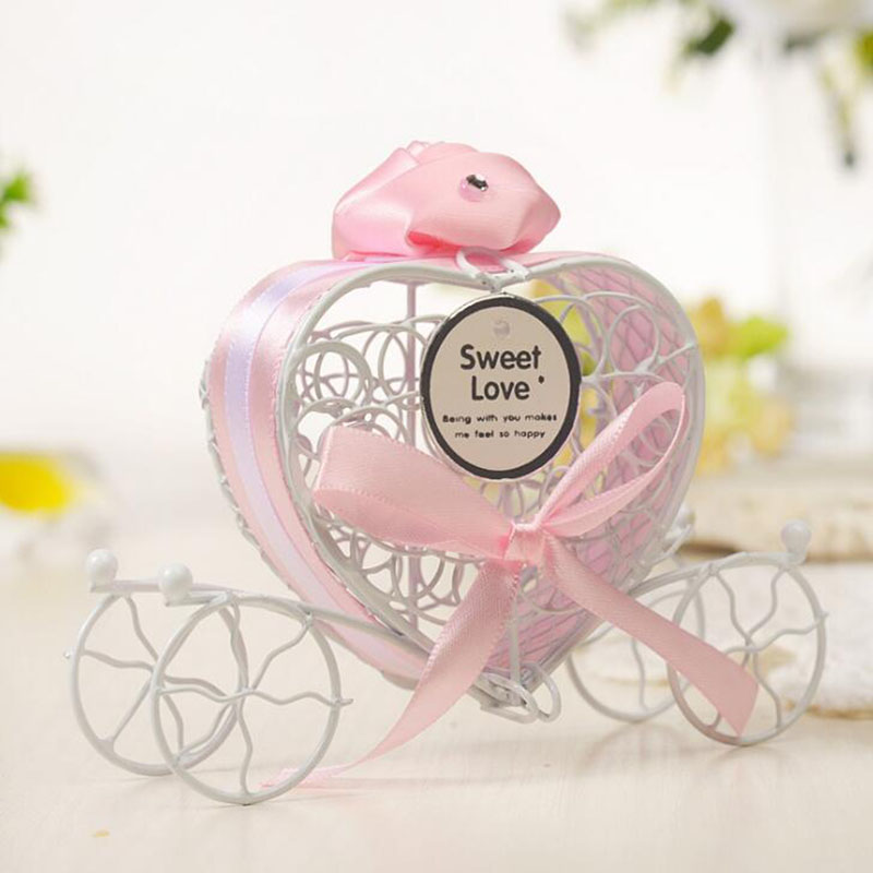 5pcs Carriage Designed Hollow Out Candy Box Wedding Favor Birthday Gift Holder