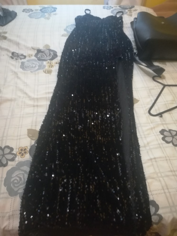 Sleeveless Long Sequin Dress Women High Slit Spaghetti Strap Dresses Sexy V Neck Club Party Dress Maxi Black Sequined Vestidos photo review