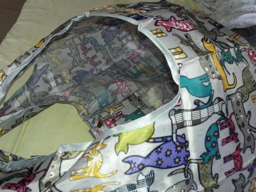 2019 Nieuwe opvouwbare handige boodschappentas Herbruikbare Cartoon Honden Tote Pouch Recycle Storage Handtassen Home Storage Organization Bag photo review