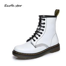 75a98093 ESTRELA DA TERRA 2018 Nova Retro Sapatos Brancos Das Mulheres Marca de Moda  Martin Botas de Couro Real Da Senhora Cross-amarrado.