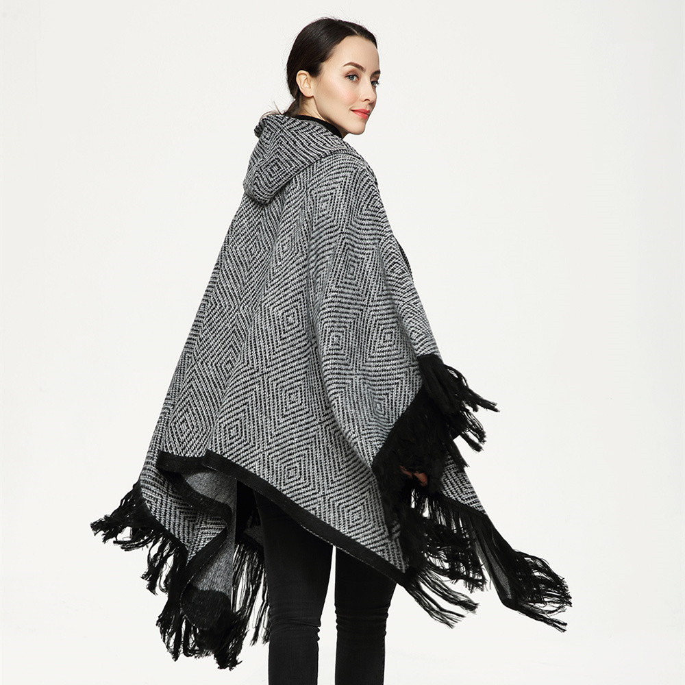 2017 New Fashion Scarf Shawls Hooded Hat Tassel Poncho Sweater Women Knitted Coat Open Stitch Sweaters Ponchos and Capes
