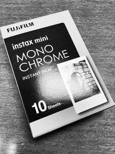 Image 3 - Fujifilm Instax Mini Film Monochrome Mono Films 10 100 sheets For Instant Mini 9 Mini 8 8 Plus 70 90 25 7s Camera SP 1 SP 2