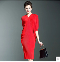 New Large Size Miyake Bat Sleeve Pleated Tight Dress Hip Dress Solid Pleated Dresses