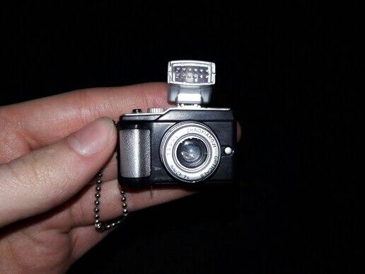 ключевая цепь камеры; Материал:: металл + АБС-пластик; факел;