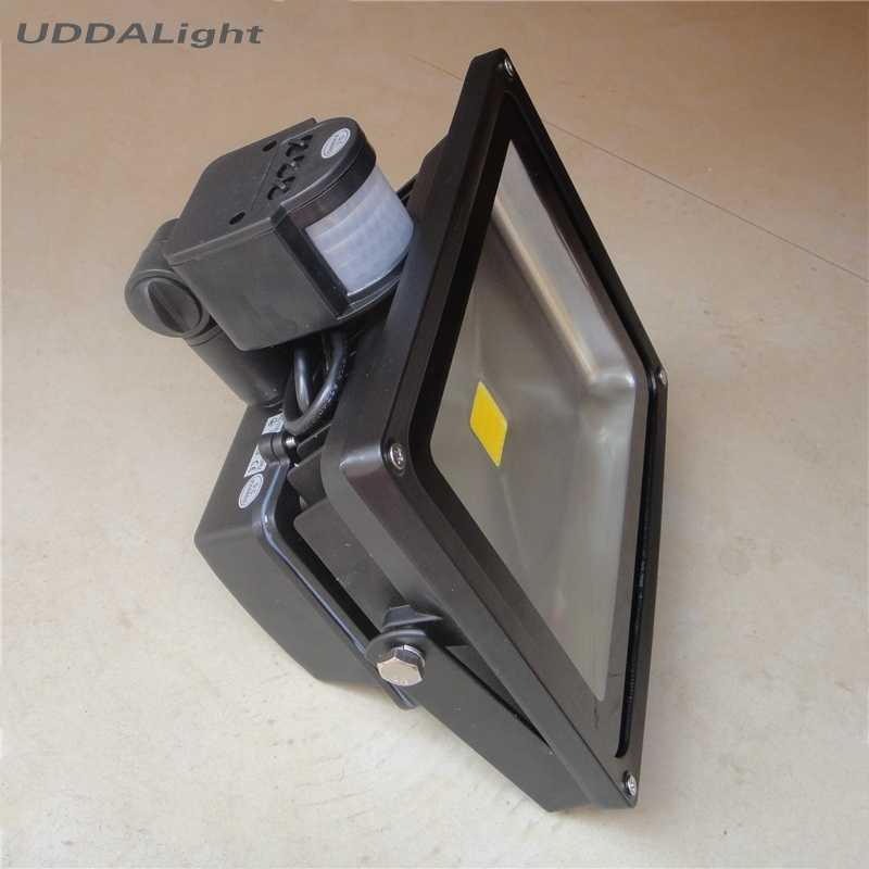 BLACK 20w floodlight with motion sensor 30% off