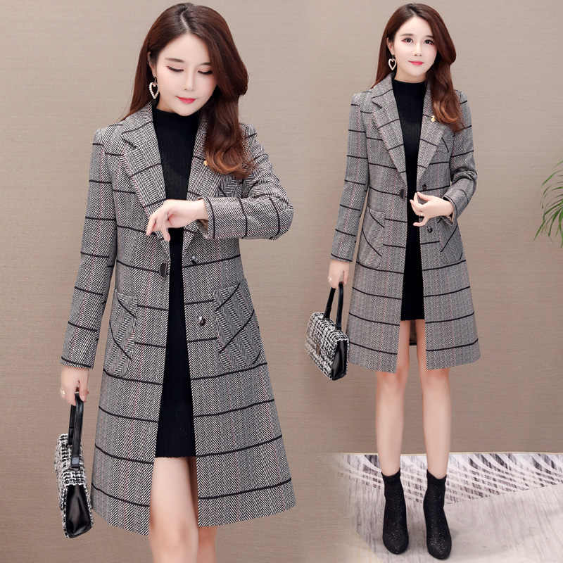 Trending products Trench coat women long coats Women's large size trendy autumn checkered  Korean fashion clothing K4087