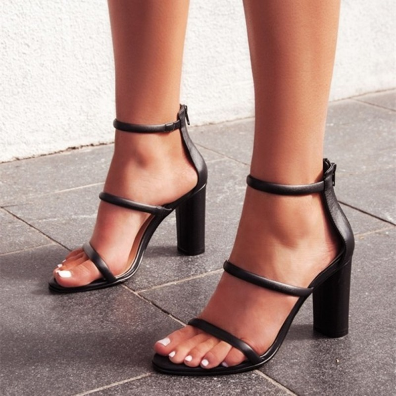 Women Black Tripe Straps Sandals Open Toe Chunky Heel Ankle Strap SandalsWomen Black Tripe Straps Sandals Open Toe Chunky Heel Ankle Strap Sandals