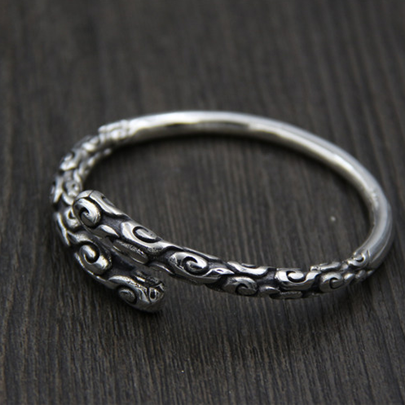 Здесь продается  FYLA MODE 2017 Fashion Jewelry Open Bangle For Women Carved Auspicious Clouds Inside Valentine