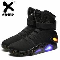 XCOSER японского аниме Назад в будущее Марти Макфлай обувь загораются Для мужчин кроссовки спортивная обувь Косплэй костюм аксессуар для для