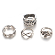 4Pcs Vintage Hollow Above Knuckle Women Stacking Flower Finger Ring Set