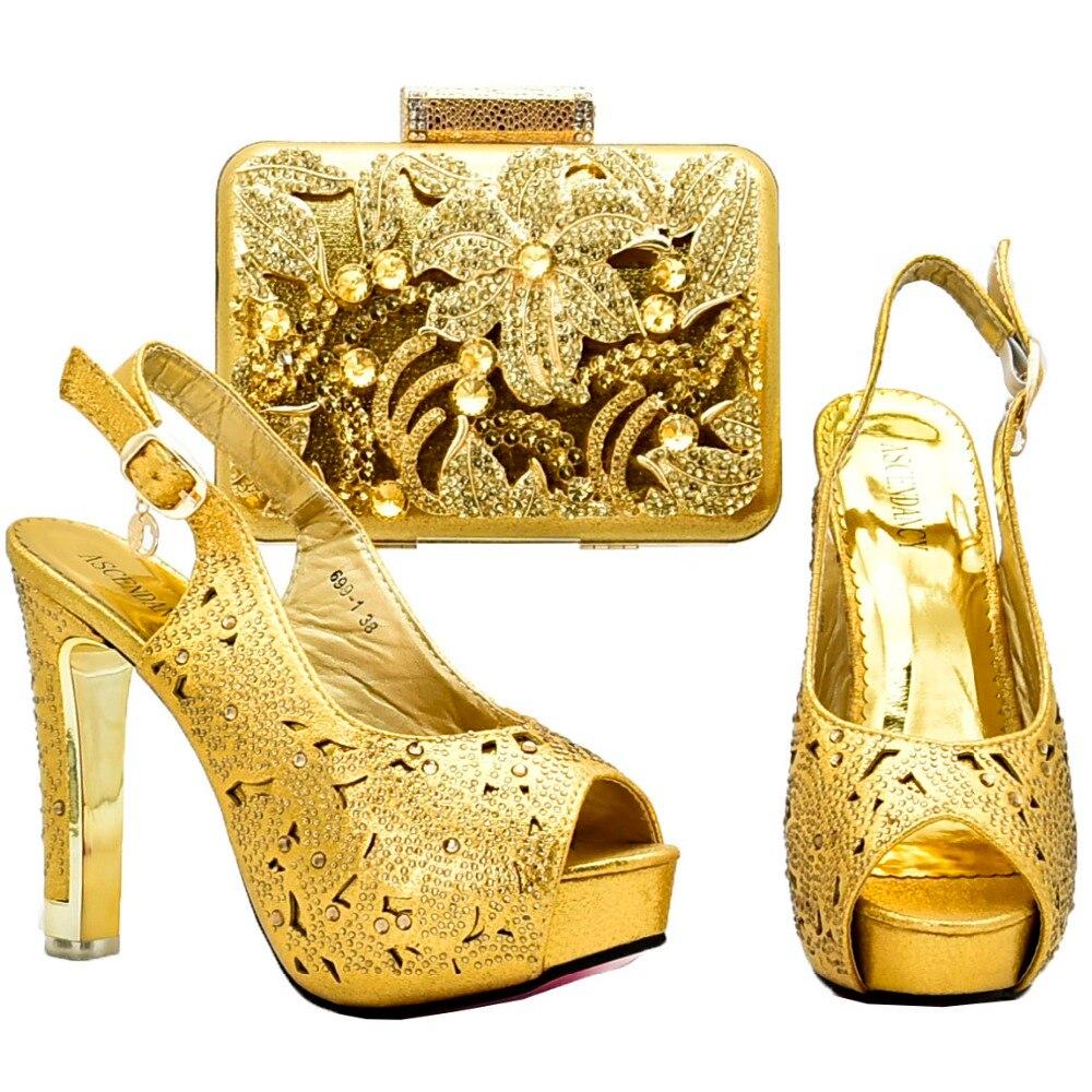 Gold shoes and bag italy design new 2018 fashion african aso ebi wedding shoe bag matching set rhinestones shoe and bag SB8128-4 все цены
