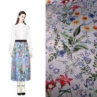 Flores de tela de seda de morera natural planta de impresión de tela, tejido elástico de satén de seda de seda de color azul, 108 cm ancho tela de la falda de las mujeres