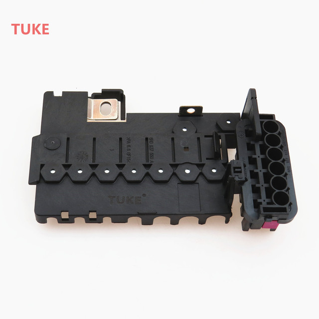 tuke 1pcs new car battery circuit fuse box 6r0 937 550 a 6r0937550a  6r0934617 for octavia rapid fabia vw santana jetta mk6 polo