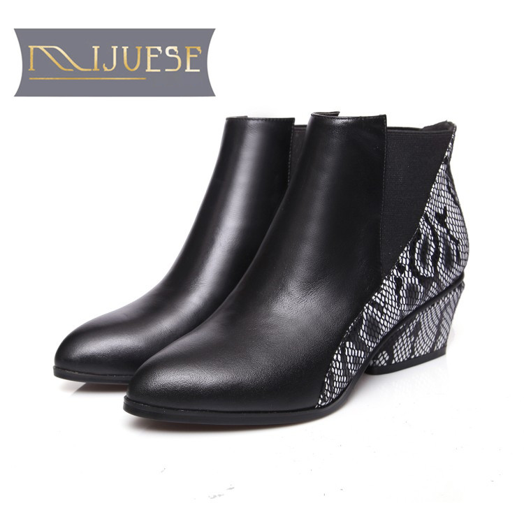 MLJUESE 2019 women ankle boots cow leather Rome style slip on winter warm fur short plush high heels women boots size 34-43MLJUESE 2019 women ankle boots cow leather Rome style slip on winter warm fur short plush high heels women boots size 34-43