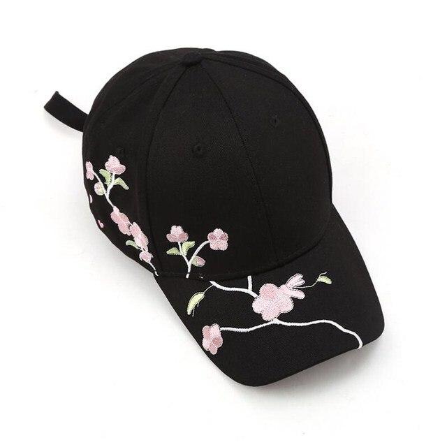 Seioum Women Summer Hats Symmetrical Flower Embroidery Built-in insulation Knitted Hats Femme Baseball Cap Adjustable