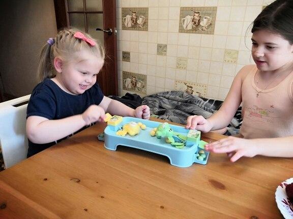 [親子] 青蛙吃豆玩具$39,2歲就能玩的桌面互動遊戲!