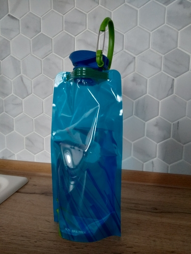 Reusable 700mL Sports Travel Portable Collapsible Folding Drink Water Bottle Kettle Outdoor Sports Water Bottle BPA free-in Water Bottles from Home & Garden on AliExpress