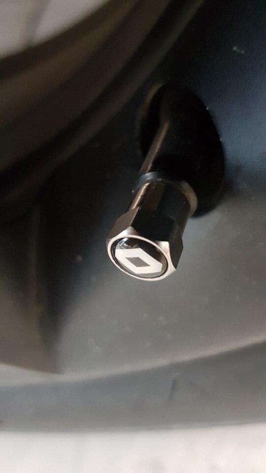 4pcs Car Badge Tire Valve Cap Tyre Dust Cap For opel lada seat leon haval saab skoda vw toyota lifan mazda dacia car accesorios