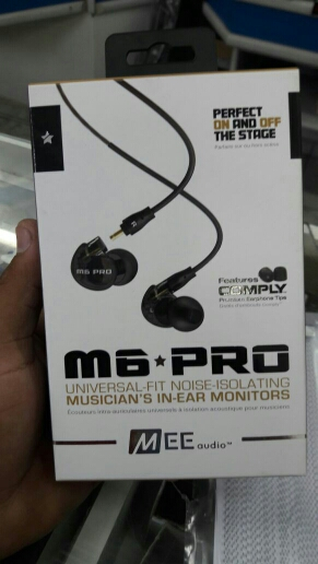 MEE Audio M6 PRO Universal-Fit Noise-isolating HiFi DJ Momitor Music In-Ear  Monitors Earphones with Detachable Cables PK SE525