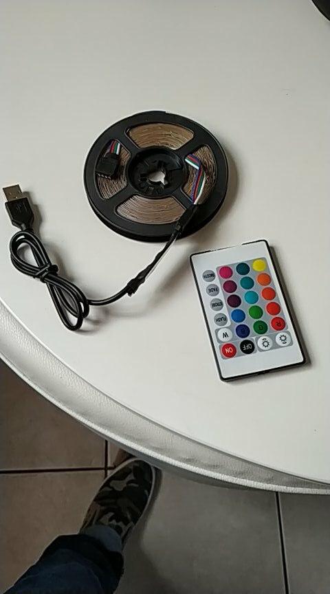 t555c; смарт-ТВ; шкаф пластиковый;