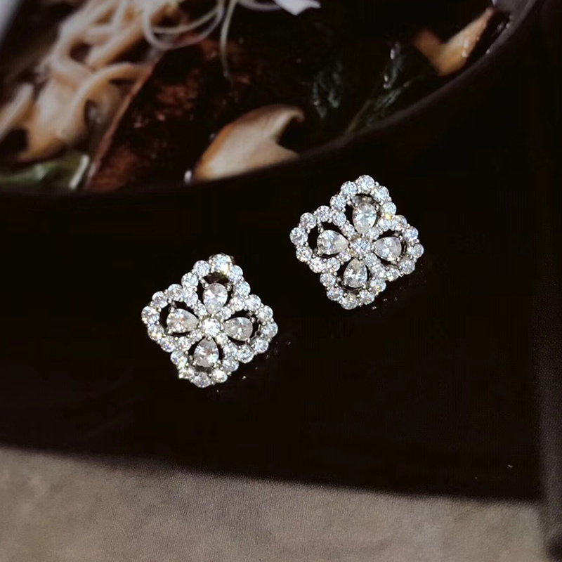 Brand Pure 925 Sterling Silver Jewelry For Women Lotus Flower Earrings Flower Earrings Luck Clover Design Wedding Party Earrings pair of sweet rhinestone hollow flower design earrings for women