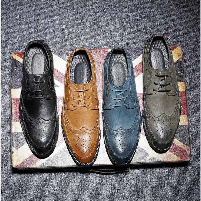 New Fashion Casual Italian Stylist Men Flat Formal Oxfords Wedding shoe Mens Dress Shoes Leather Brogue Shoes big size LE 34