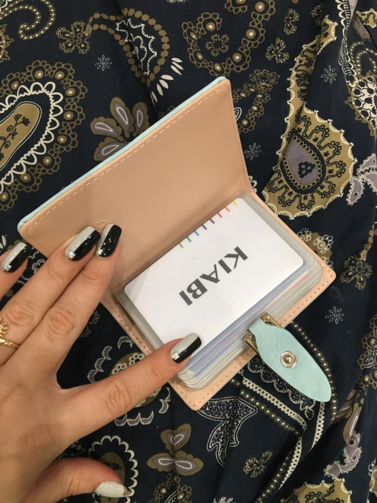 Prettyzys 20 Bits New Women Credit Card Holder PU Leather Leaves Hasp Bank Card Bag Fashion Mini Card & ID Holders Card Keepers photo review