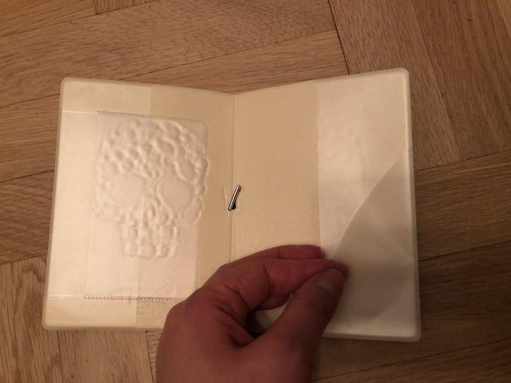 eTya Mode Reizen Paspoort Covers PVC Lederen Vrouwen Mannen Paspoort Credit Houder Tas Case Portemonnee Portemonnee Student Kids Gift photo review