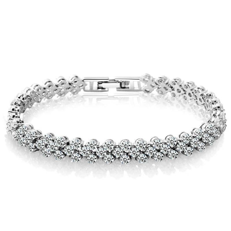 Women Luxurious Roman Crystal Bracelet