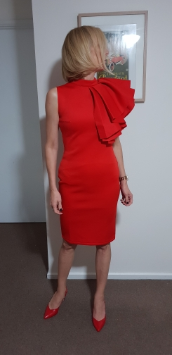 Summer Women Celebrity Runway Party Dress Vestido Sexy White Red Sleeveless Ruffles Bodycon Midi Night Club Dress photo review