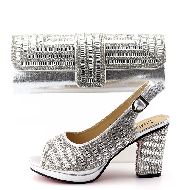 New arrival african aso ebi party shoes sandal lady with clutches bag in silver color free ship shoes bag matching set SB8342-4New arrival african aso ebi party shoes sandal lady with clutches bag in silver color free ship shoes bag matching set SB8342-4