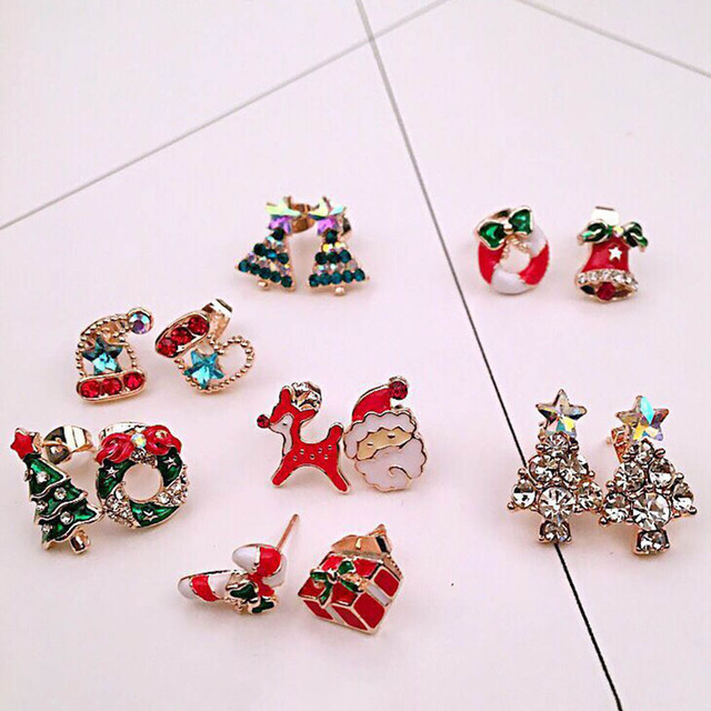 New Christmas Color Tree Snowflake Round Stud Earring for Girl Kid Bell Santa Claus Ear Jacket Cuff Earring Festive Gift Jewelry