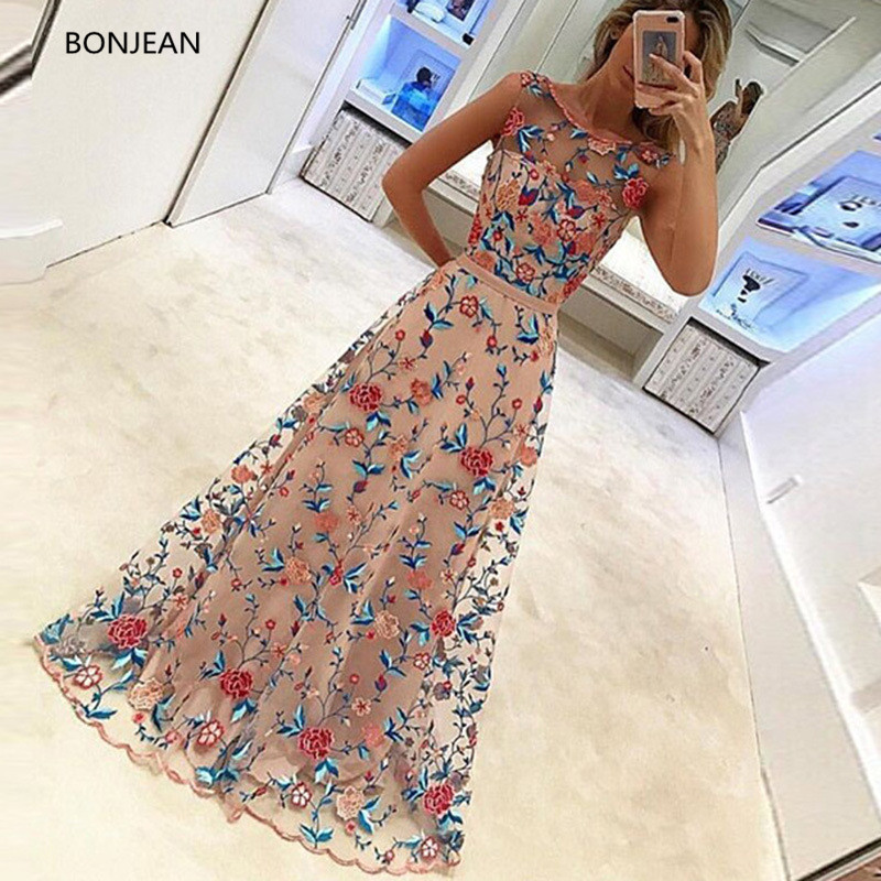 Long Dress 2018spring Rushed o Neck Dress Free Shipping2018 Europe And The New Fashion Sleeveless Embroidered Luxury Ladie