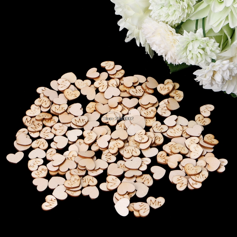 200Pcs MR./MRS. Wooden Heart Table Confetti Wedding Party DIY Crafts Decoration