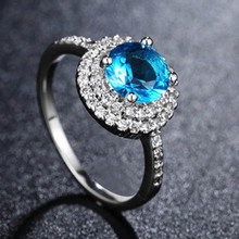 New Blue Rhinestone Wedding Rings for Women Romantic Light Luxurious Jewelry New Dinner Party Decoration Ring