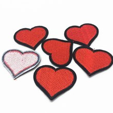 100pcs 4.6*3.8cm Heart Patches Embroidery Clothing Decoration Cloth Sticker Iron on Patch Badge Coat Jacket DIY
