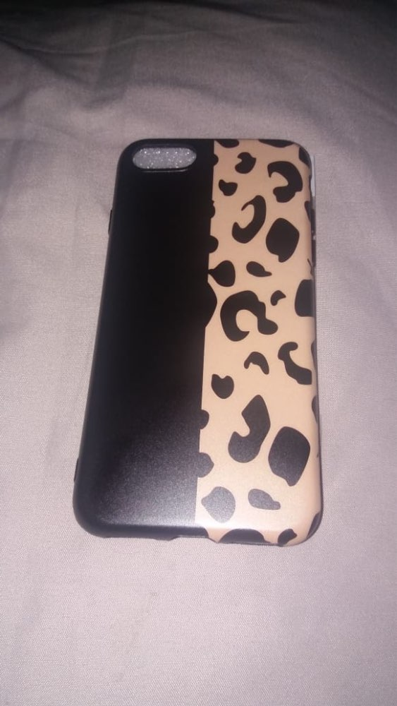 Funda Animal Print Leopardo para iPhone photo review