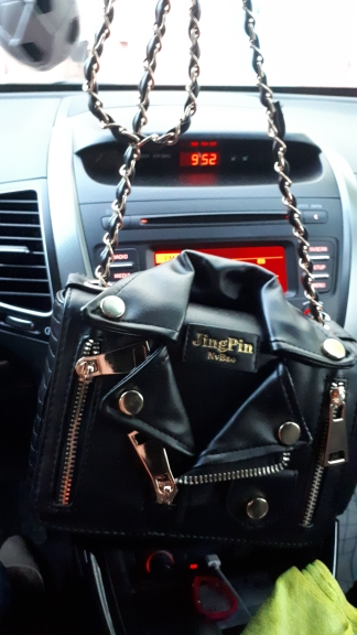 New European Brand Designer Chain Motorcycle Bags Women Clothing Shoulder Rivet Jacket Bags Messenger Bag Women Leather Handbags photo review