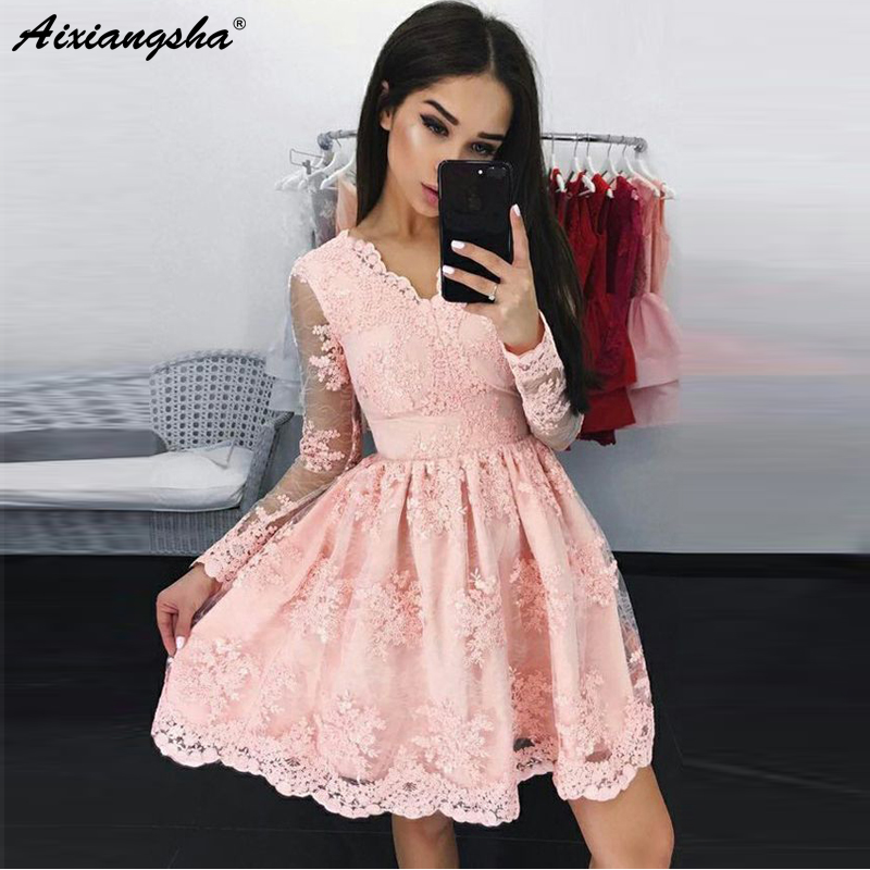 vestido de formatura	Party Graduation Dresses V-Neck Illusion Long Sleeves Prom Dresses Short Pink Lace Homecoming Dresses