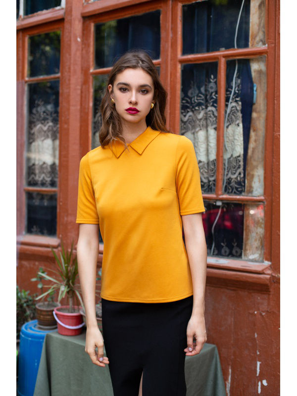 Blouse with collar. Color mustard. blouse with belt color sky blue