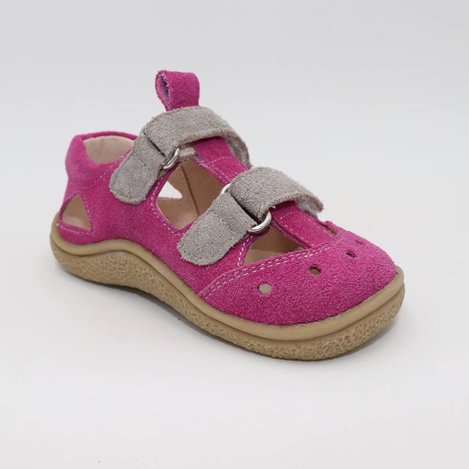 579518d3aa44 Tipsietoes Sandalias cómodas 2019 verano nuevo niño niñas zapatos de playa  niños Casual descalzo ...