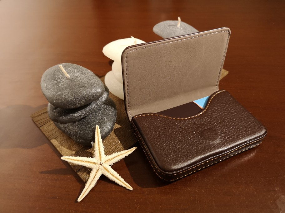 Fashion Business Card Holder Men's Exquisite Magnetic Attractive Card Case Box Mini Wallet Male Credit Card Holder Bolsas #Zer photo review