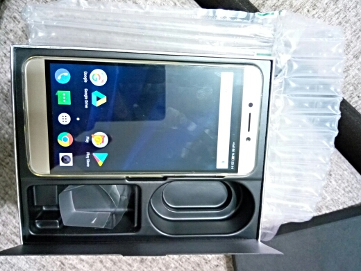 Телефон 4G ; leeco; MP3-плеер;