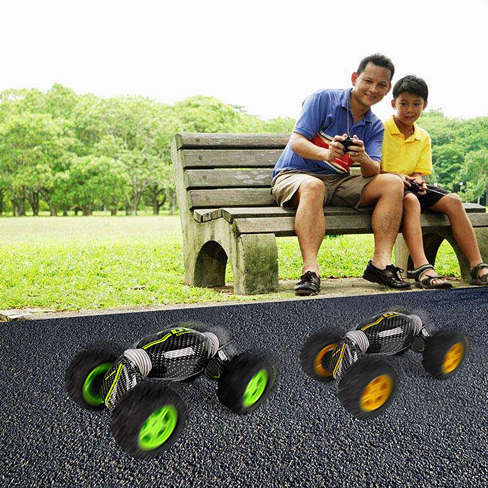 Remote Control Electric Crawl Off Road Truck High Speed Racing Climbing RC Car 2.4G 4WD Monster Vehicle deformation torque car
