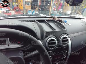 Image 2 - קונסולת על פנל קדמי עבור רנו Sandero 2009 2013 ABS פלסטיק ארגונית פונקצית כרית אביזרי סריטות רכב סטיילינג כוונון