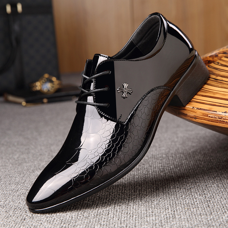 Men Casual Shoes Leather Flat Shoes For MenCreative Models Shiny Surface With A Single Shoe Fashion Suits Large Size Shoes
